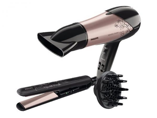 Conjunto de peluquería formado por un secador y una plancha profesional
